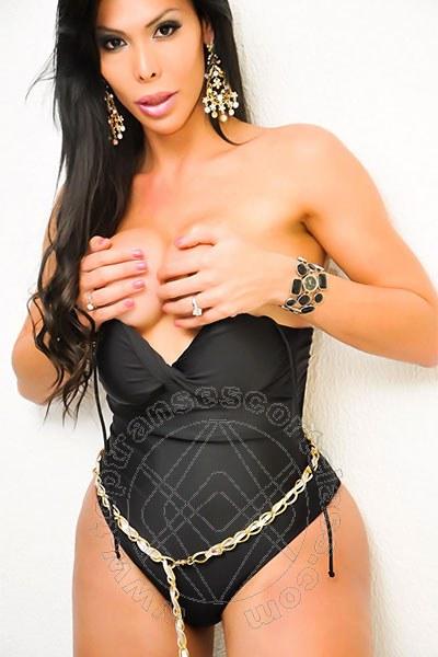 Leticia Minelly  VITERBO 3279313690