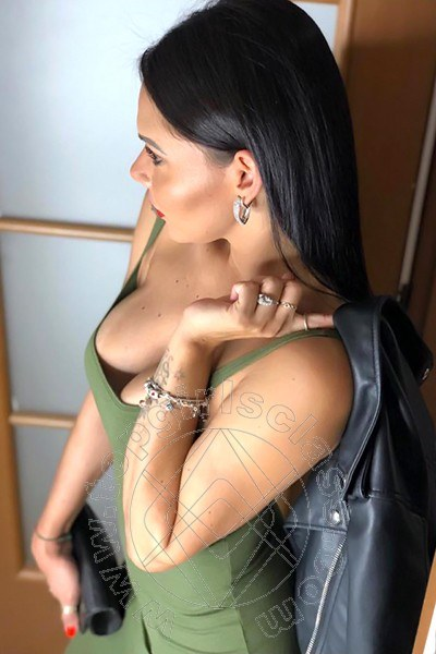 Victoria  CHIAVARI 3892596219